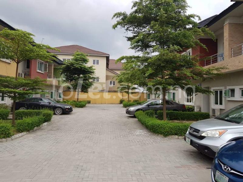 3 bedroom Terraced Duplex House for rent Platinum way  Jakande Lekki Lagos - 11