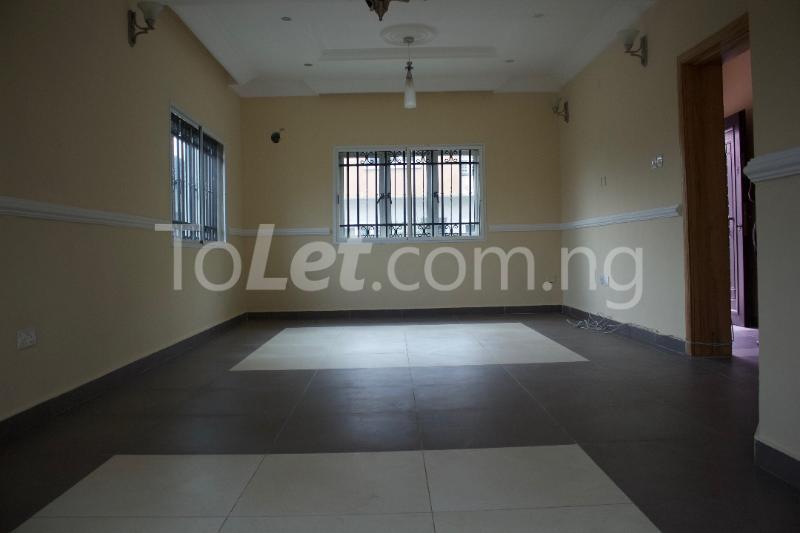 3 bedroom Terraced Duplex House for rent Platinum way  Jakande Lekki Lagos - 8