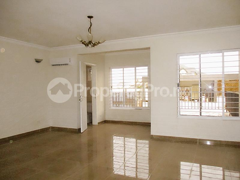 4 bedroom Semi Detached Duplex House for rent Lekki Phase 1 Lekki Lagos - 12