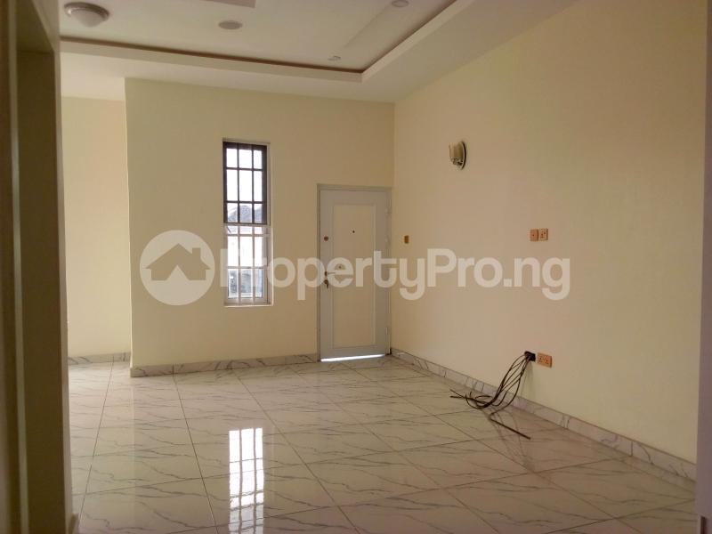 4 bedroom Semi Detached Duplex House for sale Chevron Drive chevron Lekki Lagos - 18