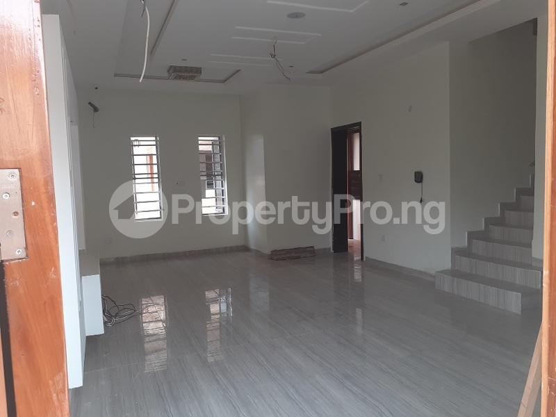 4 bedroom Semi Detached Duplex House for sale bera estate lekki Osapa london Lekki Lagos - 1