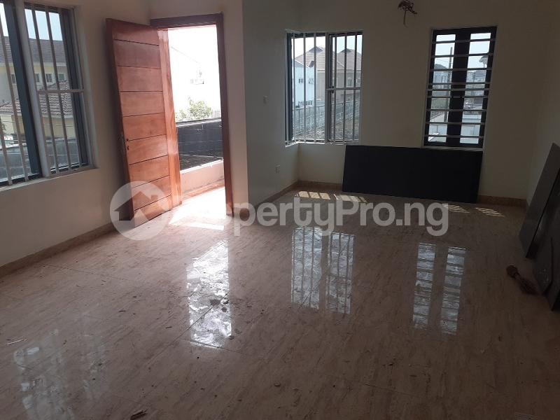 4 bedroom Semi Detached Duplex House for sale bera estate lekki Osapa london Lekki Lagos - 7