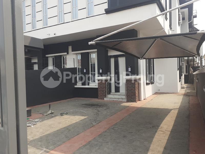 4 bedroom Semi Detached Duplex House for sale oral estate lekki Lekki Lagos - 10