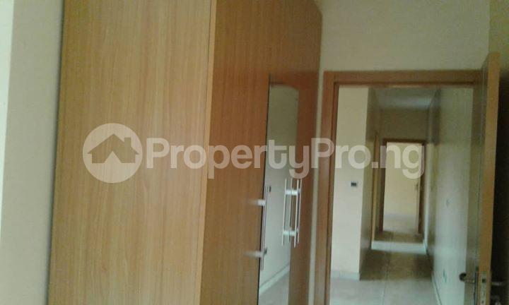 4 bedroom Semi Detached Duplex House for sale  Off Ayo Fasugba Street, Magodo GRA Phase 1, Gateway Zone, Magodo-Isheri Magodo Kosofe/Ikosi Lagos - 4