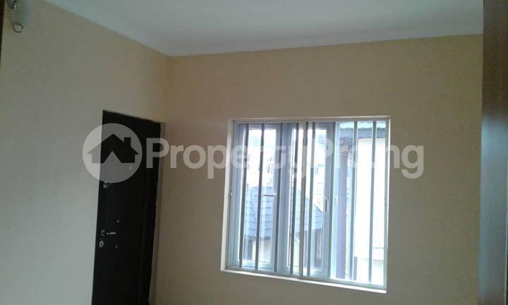 4 bedroom Semi Detached Duplex House for sale  Off Ayo Fasugba Street, Magodo GRA Phase 1, Gateway Zone, Magodo-Isheri Magodo Kosofe/Ikosi Lagos - 10