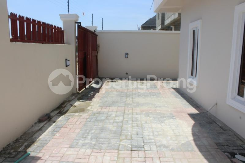 5 bedroom Detached Bungalow House for sale - chevron Lekki Lagos - 12