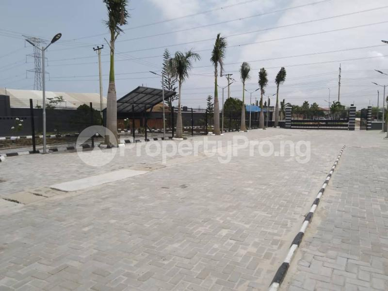 5 bedroom Detached Duplex House for sale Lekki Express Way, Ikota axis Lekki Lagos - 4