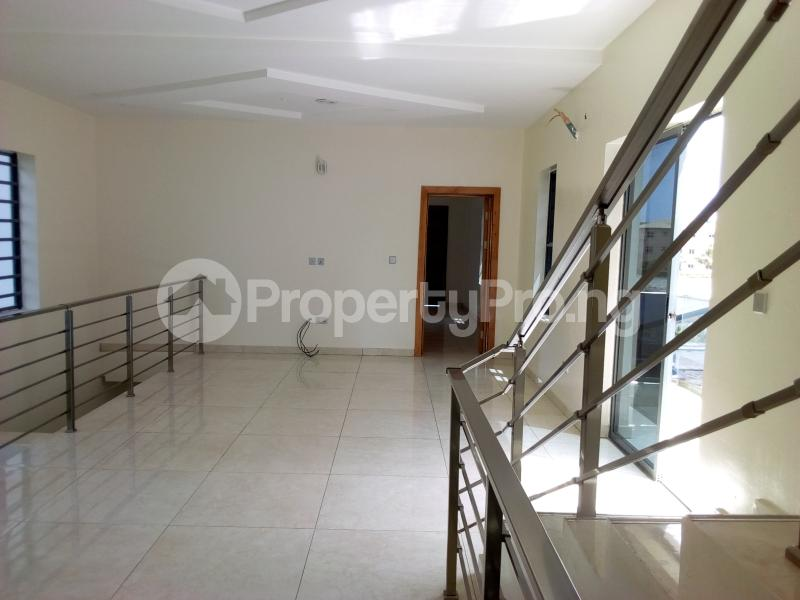 5 bedroom Detached Duplex House for sale In a prestigious Estate Osapa london Lekki Lagos - 19