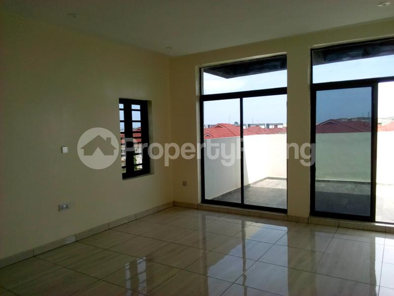 5 bedroom Detached Duplex House for sale In a prestigious Estate Osapa london Lekki Lagos - 32
