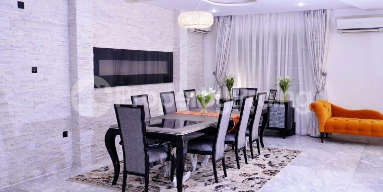 5 bedroom Detached Duplex House for sale chevron drive area chevron Lekki Lagos - 9