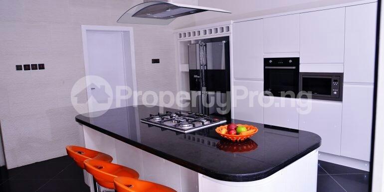 5 bedroom Detached Duplex House for sale chevron drive area chevron Lekki Lagos - 5