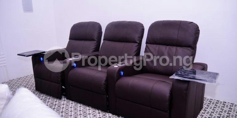 5 bedroom Detached Duplex House for sale chevron drive area chevron Lekki Lagos - 4