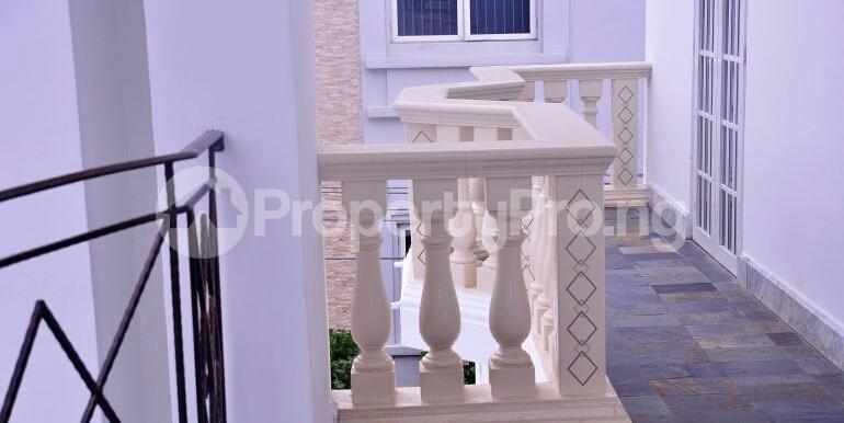 5 bedroom Detached Duplex House for sale chevron drive area chevron Lekki Lagos - 8