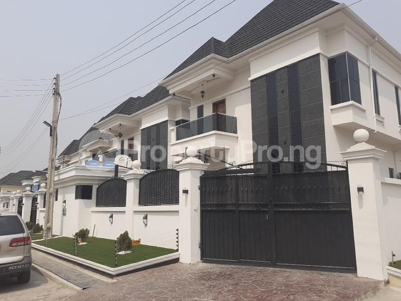 5 bedroom Detached Duplex House for sale bera estate chevron Lekki Lagos - 0
