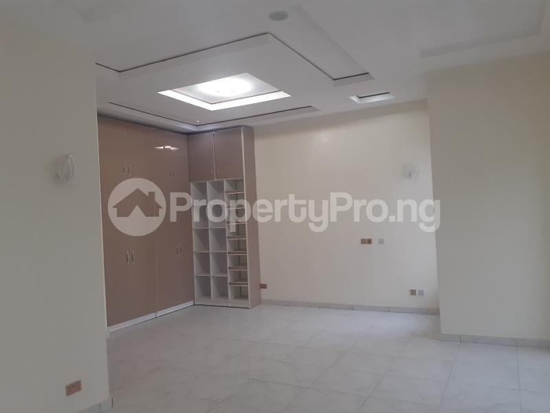 5 bedroom Detached Duplex House for sale bera estate chevron Lekki Lagos - 5