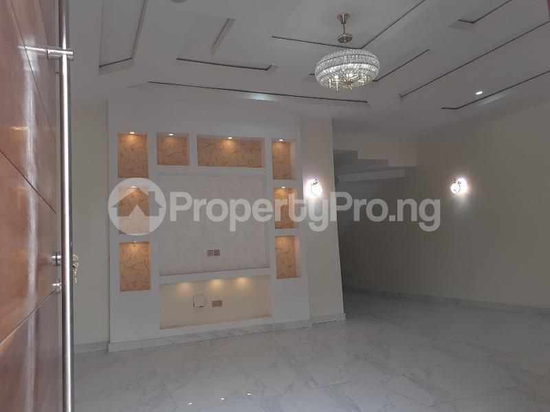5 bedroom Detached Duplex House for sale bera estate chevron Lekki Lagos - 1