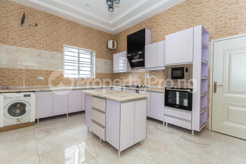 5 bedroom Detached Duplex House for sale Chevy View Estate chevron Lekki Lagos - 3