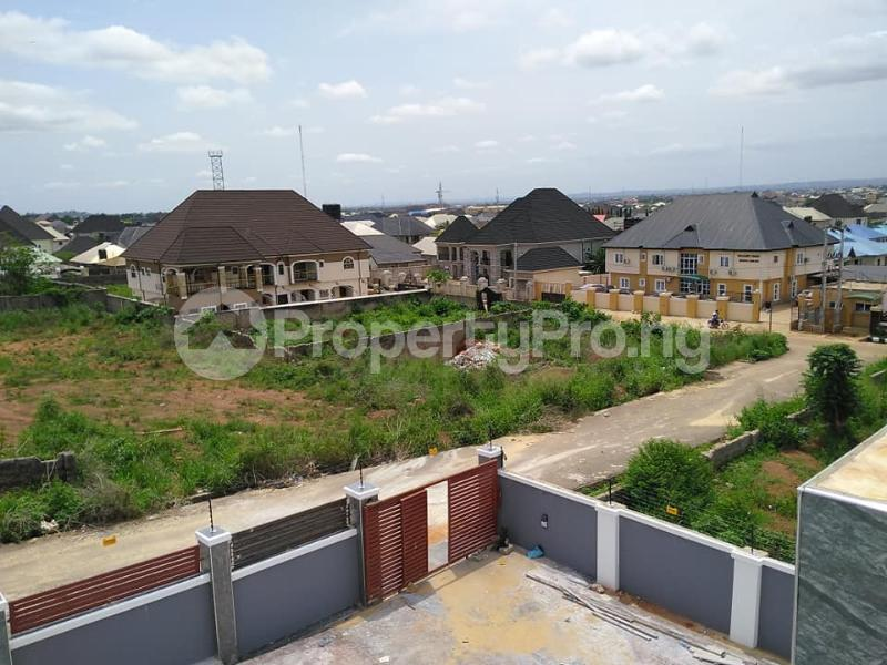 5 bedroom Detached Duplex House for sale Housing Estate Asaba Delta - 3