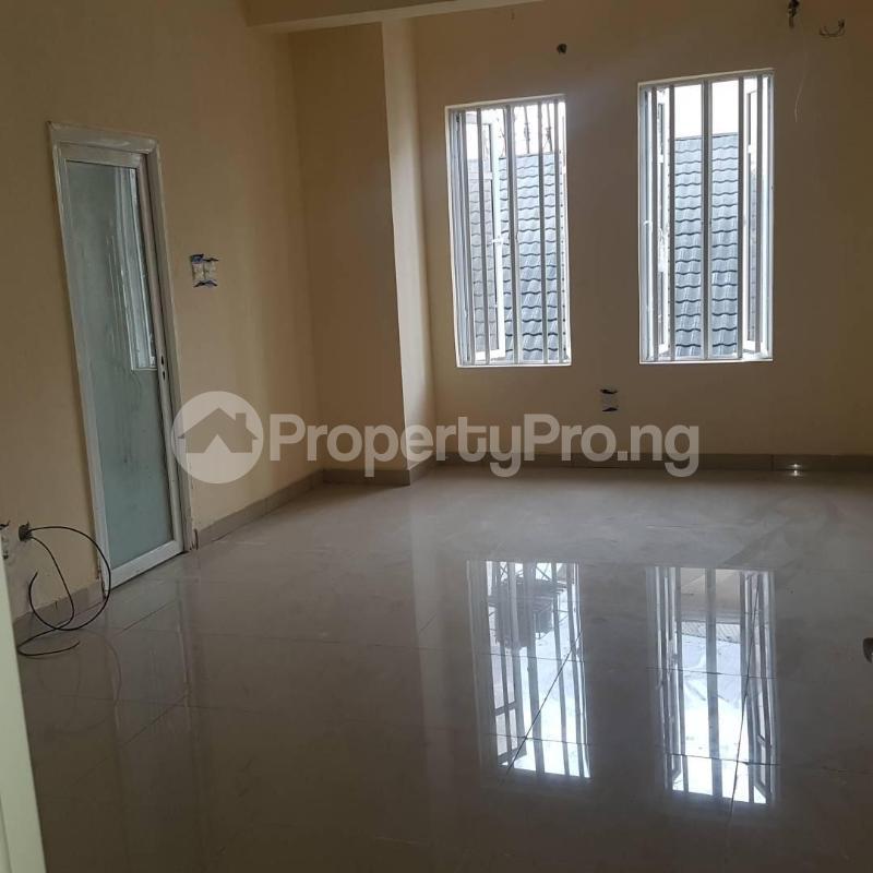 2 bedroom Blocks of Flats House for rent Orchid hotel road chevron Lekki Lagos - 1