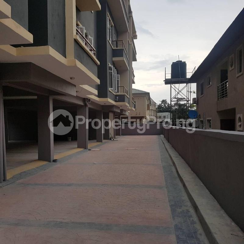 2 bedroom Blocks of Flats House for rent Orchid hotel road chevron Lekki Lagos - 0