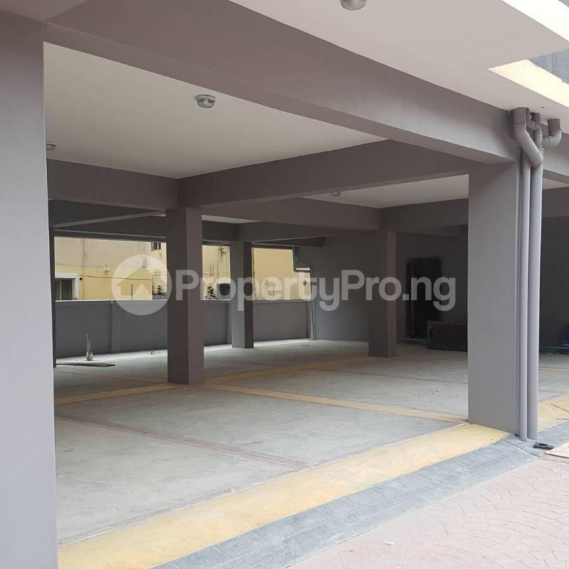 2 bedroom Blocks of Flats House for rent Orchid hotel road chevron Lekki Lagos - 4