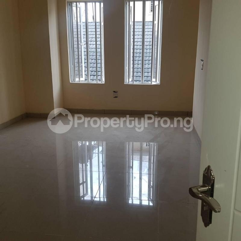 2 bedroom Blocks of Flats House for rent Orchid hotel road chevron Lekki Lagos - 6