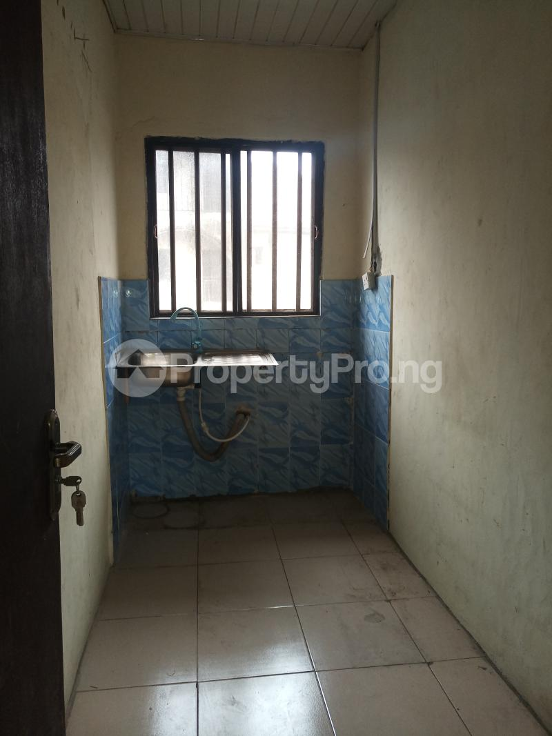 2 bedroom Mini flat Flat / Apartment for rent - Surulere Lagos - 2