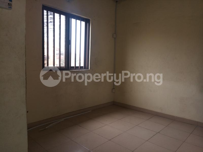 2 bedroom Mini flat Flat / Apartment for rent - Surulere Lagos - 4