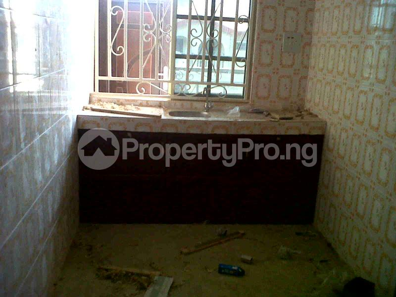1 bedroom mini flat  Mini flat Flat / Apartment for rent Ago Palace Way Okota. Lagos Mainland  Ago palace Okota Lagos - 4