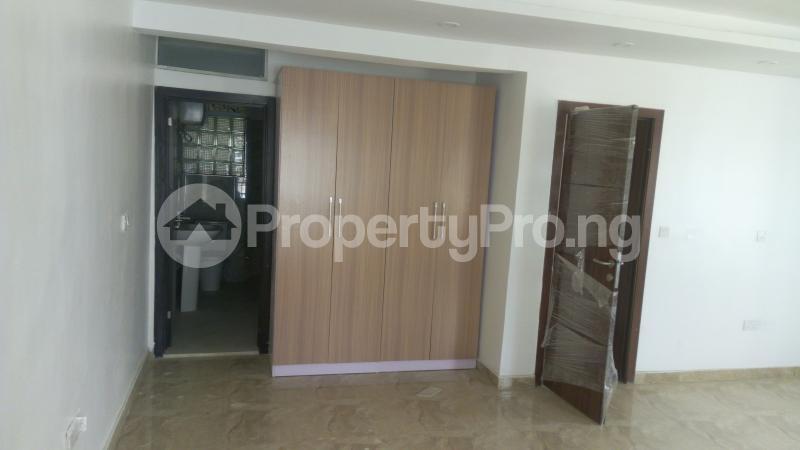 4 bedroom Terraced Duplex House for sale Iponri Iponri Surulere Lagos - 10