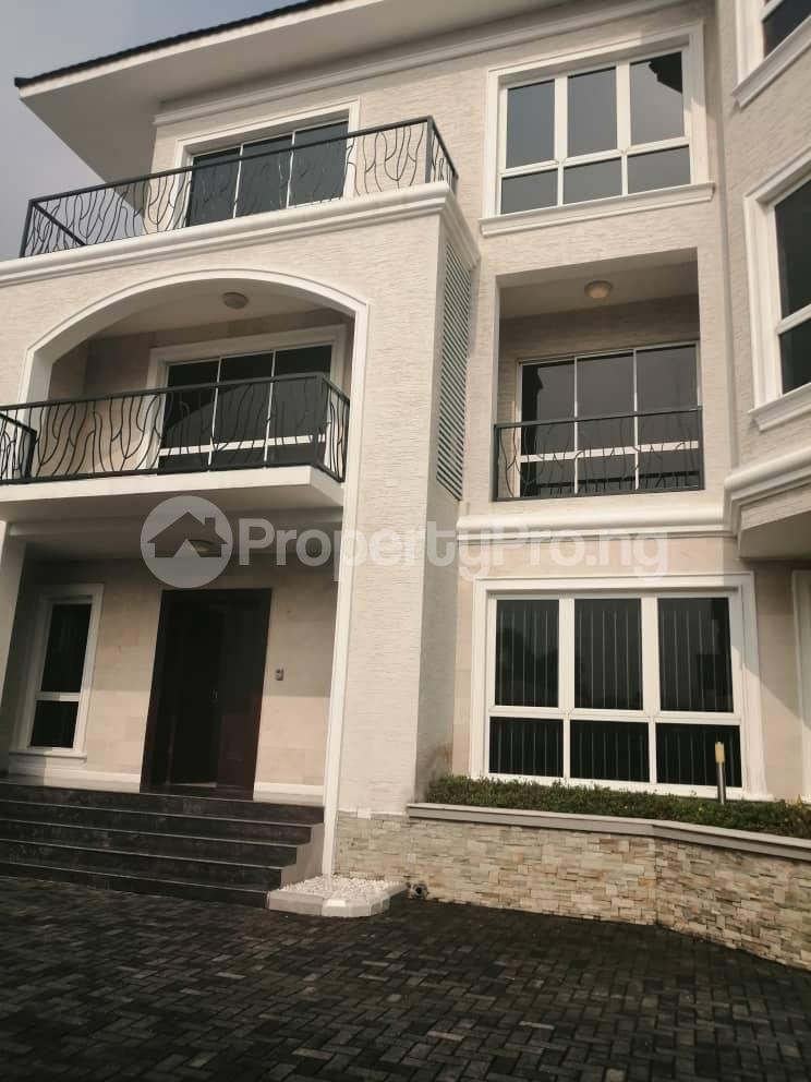 4 bedroom Terraced Duplex House for rent Off Ondo Street Banana Island Ikoyi Lagos - 20