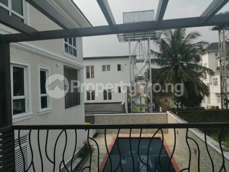 4 bedroom Terraced Duplex House for rent Off Ondo Street Banana Island Ikoyi Lagos - 12