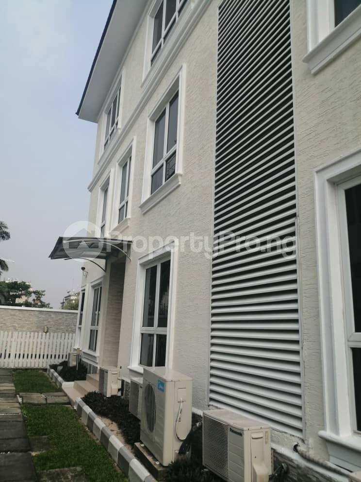 4 bedroom Terraced Duplex House for rent Off Ondo Street Banana Island Ikoyi Lagos - 22