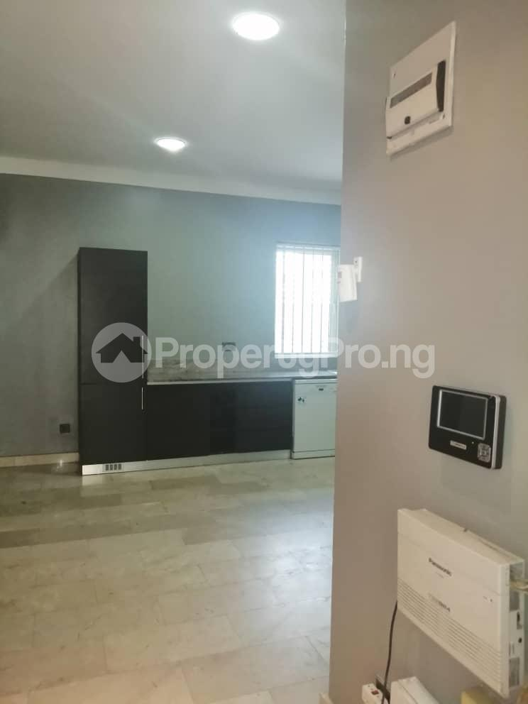 4 bedroom Terraced Duplex House for rent Off Ondo Street Banana Island Ikoyi Lagos - 26