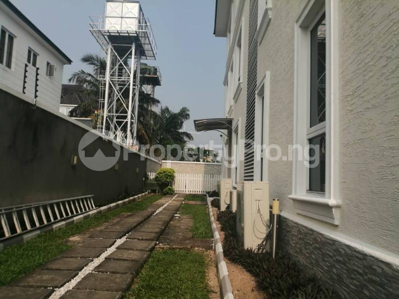 4 bedroom Terraced Duplex House for rent Off Ondo Street Banana Island Ikoyi Lagos - 18