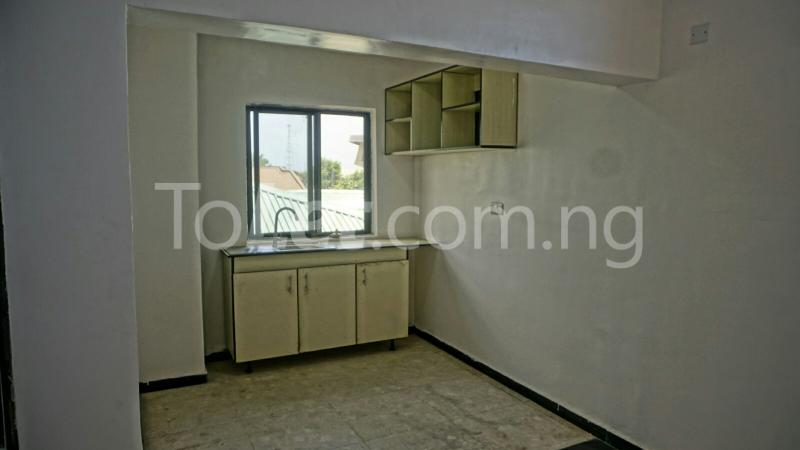 1 bedroom mini flat  Flat / Apartment for rent Yinka Bello Street Lekki Phase 1 Lekki Lagos - 38