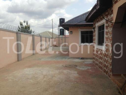 6 bedroom House for sale bodija express Bodija Ibadan Oyo - 5