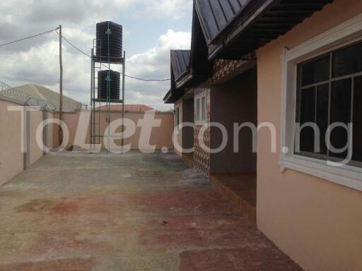 6 bedroom House for sale bodija express Bodija Ibadan Oyo - 3
