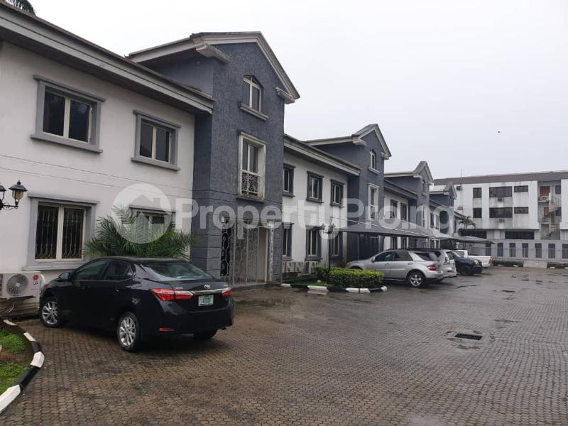4 bedroom Terraced Duplex House for sale at Magbon Close MacPherson Ikoyi Lagos - 11