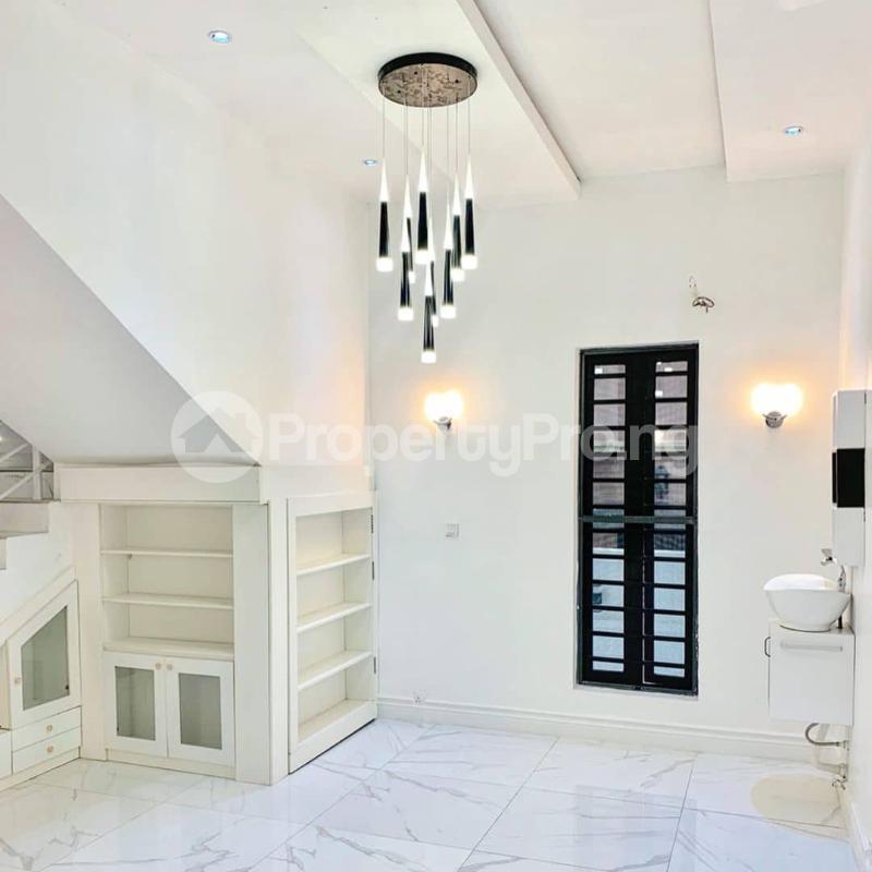 5 bedroom Detached Duplex House for sale Lekki chevron axis Lekki Phase 1 Lekki Lagos - 1