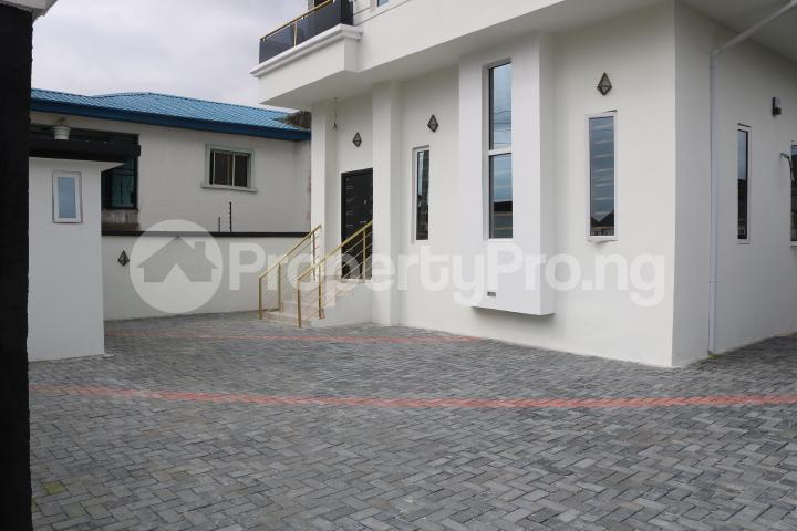 4 bedroom Detached Duplex House for sale Thomas estate Ajah Lagos - 6