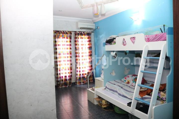 6 bedroom Detached Duplex House for sale Royal Gardens Estate Ajah Lagos - 55