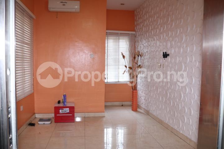 6 bedroom Detached Duplex House for sale Royal Gardens Estate Ajah Lagos - 19