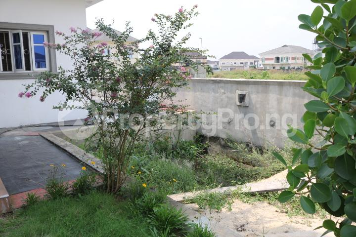6 bedroom Detached Duplex House for sale Royal Gardens Estate Ajah Lagos - 15