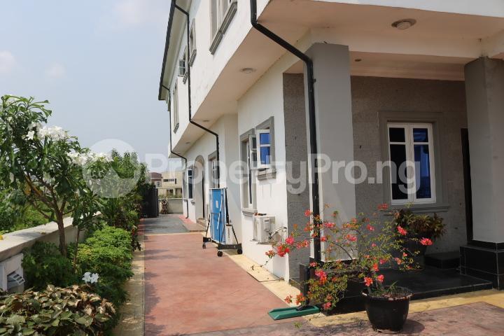 6 bedroom Detached Duplex House for sale Royal Gardens Estate Ajah Lagos - 11