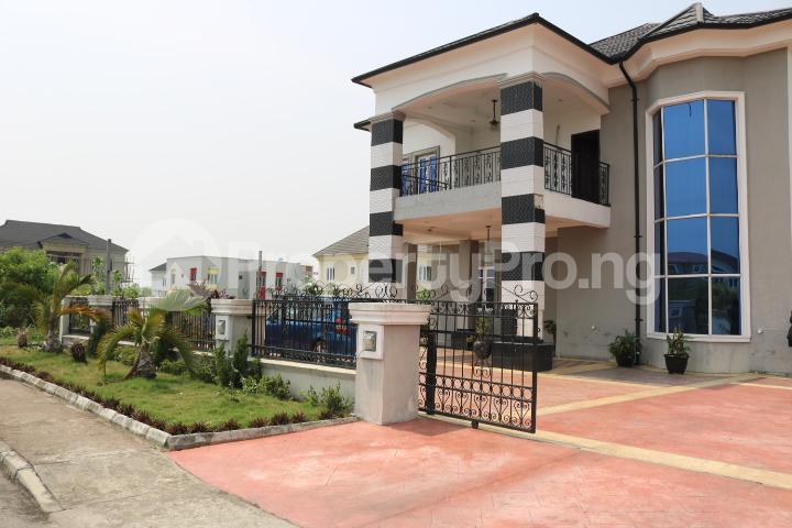6 bedroom Detached Duplex House for sale Royal Gardens Estate Ajah Lagos - 7