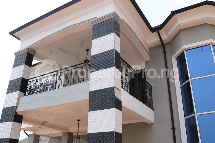 6 bedroom Detached Duplex House for sale Royal Gardens Estate Ajah Lagos - 17