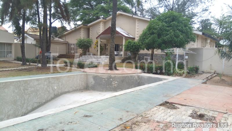 8 bedroom House for sale Alalubosa GRA Alalubosa Ibadan Oyo - 0