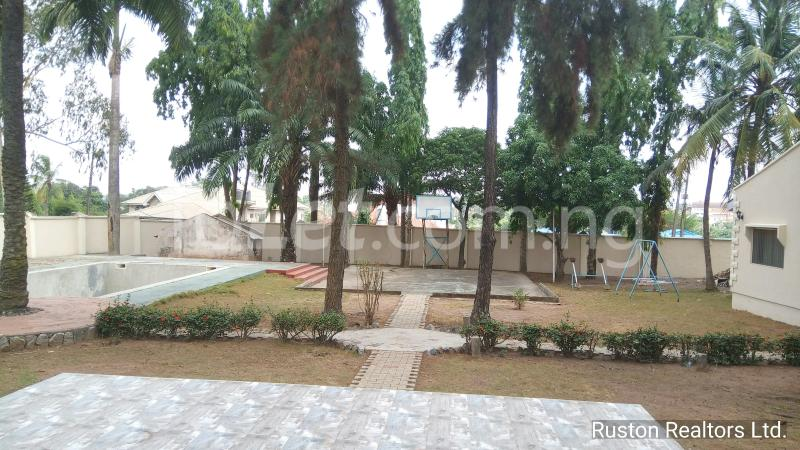 8 bedroom House for sale Alalubosa GRA Alalubosa Ibadan Oyo - 1