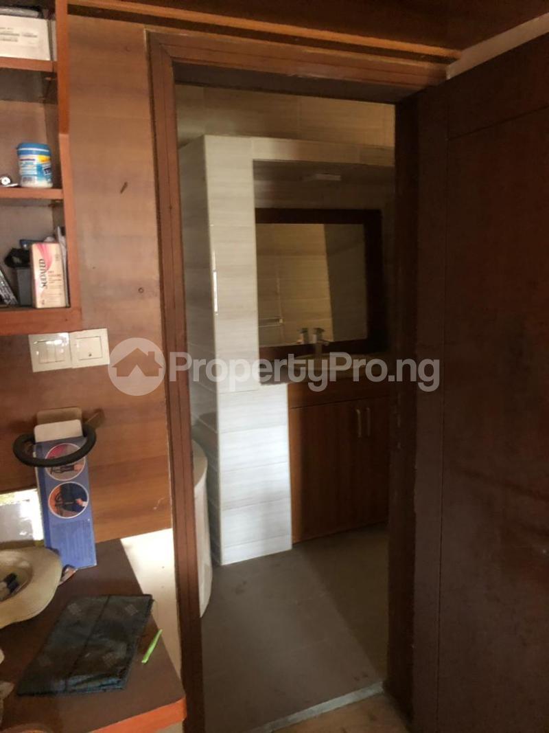 5 bedroom Detached Duplex House for sale Medina Estate Atunrase Medina Gbagada Lagos - 20